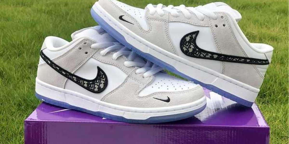 Love the Kasina x Nike Dunk Low Neptune Green shoes