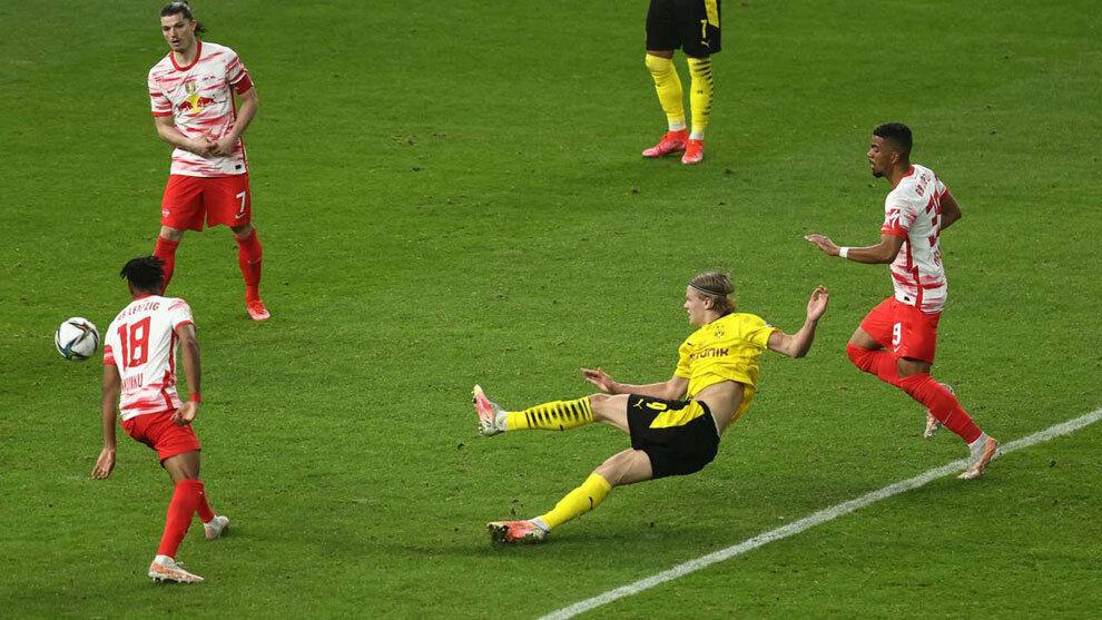 Bundesliga: Dobletes de Sancho y Haaland dan al Dortmund su quinta Copa en Alemania   Marca